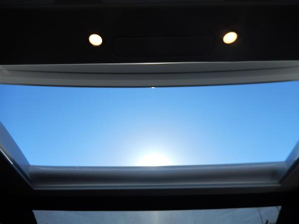 Sealine C530 sun roof