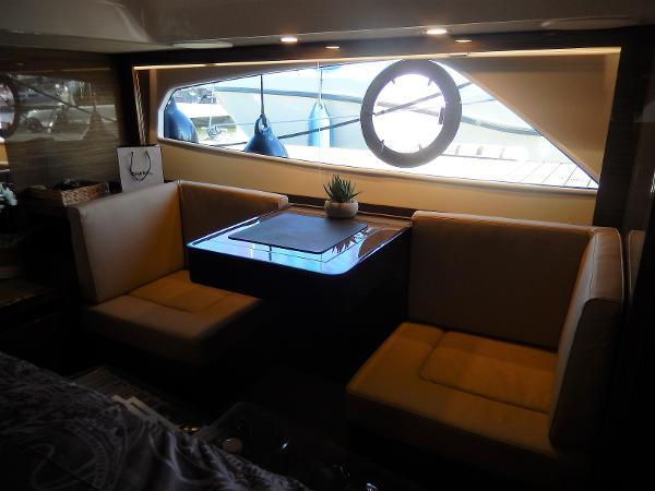 Sealine C530 vanity unit & seating
