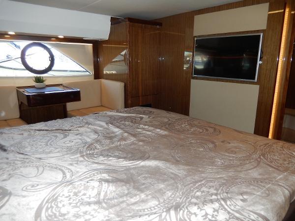 Sealine C530 owners cabin TV