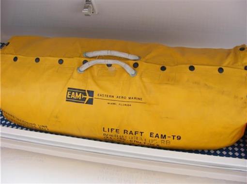 2006 63 Bertram- Life Raft