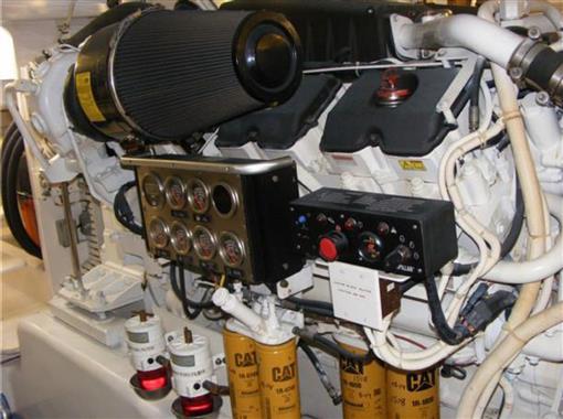 2006 63 Bertram- Port Engine