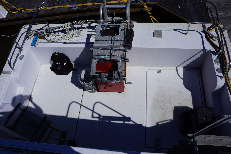 Carri-craft 57 Catamaran - 1971 carri-craft aft cockpit