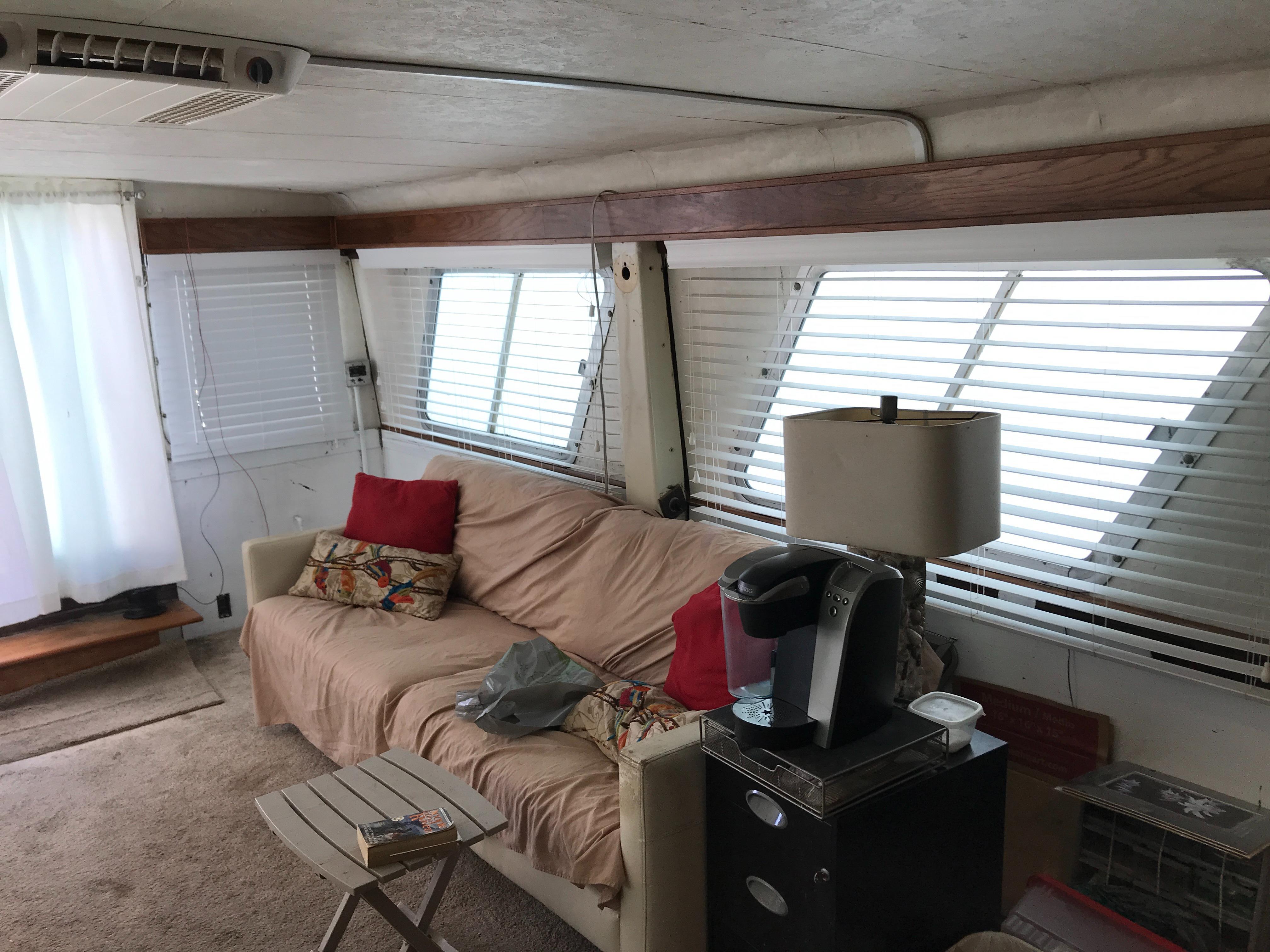 Carri-craft 57 Catamaran - main salon port aft quarter