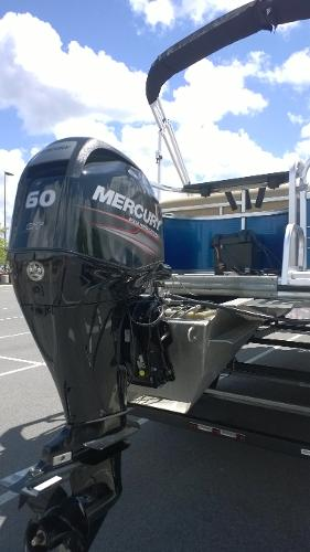 2017 Lowe boat for sale, model of the boat is SF214 Sport Fish & Image # 5 of 14