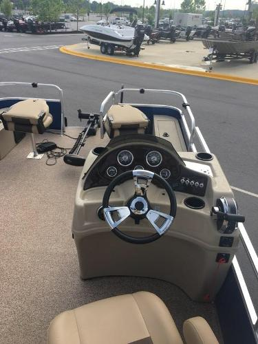 2017 Lowe boat for sale, model of the boat is SF214 Sport Fish & Image # 7 of 14