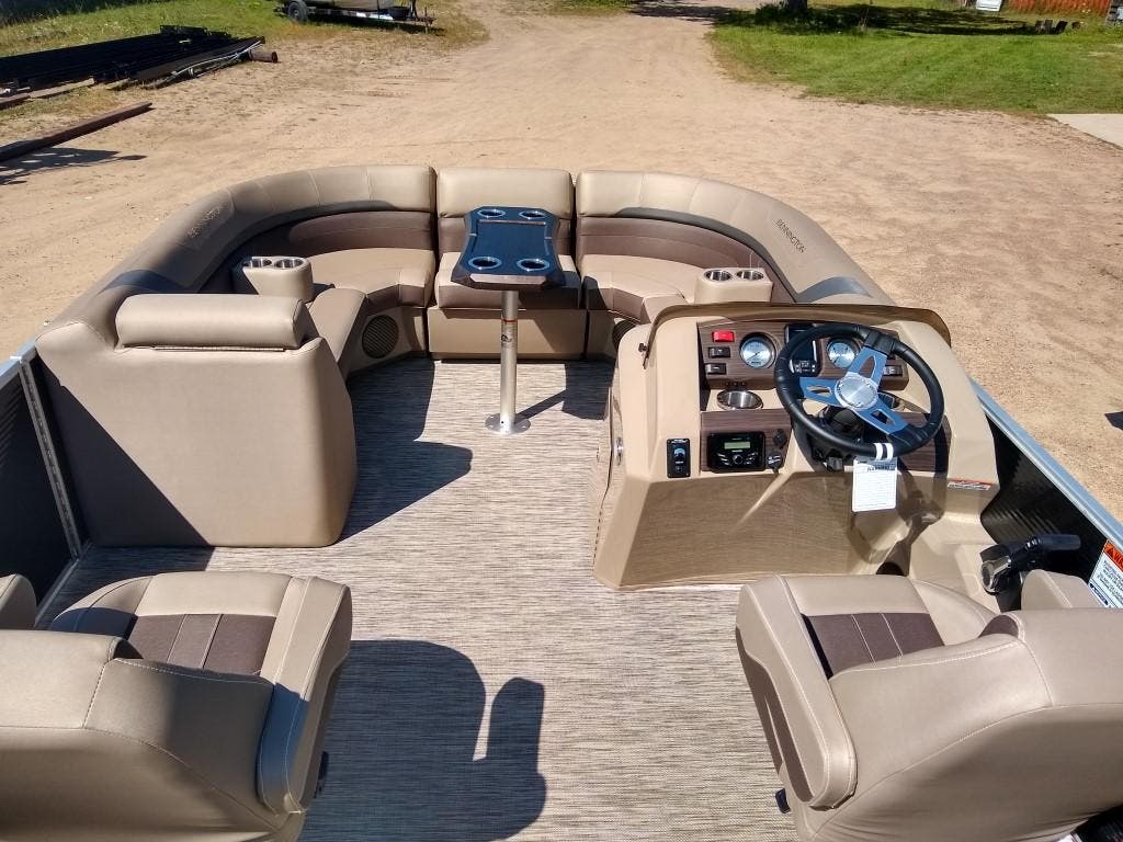 2020 Bennington boat for sale, model of the boat is SX Series 22 & Image # 7 of 24