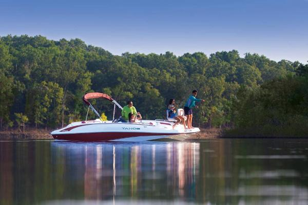 2021 Tahoe boat for sale, model of the boat is 215 Xi & Image # 2 of 58