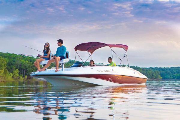 2021 Tahoe boat for sale, model of the boat is 215 Xi & Image # 4 of 58