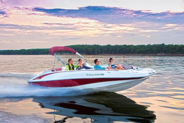 2021 Tahoe boat for sale, model of the boat is 215 Xi & Image # 9 of 58