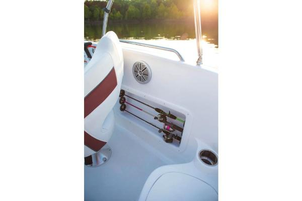 2021 Tahoe boat for sale, model of the boat is 215 Xi & Image # 57 of 58