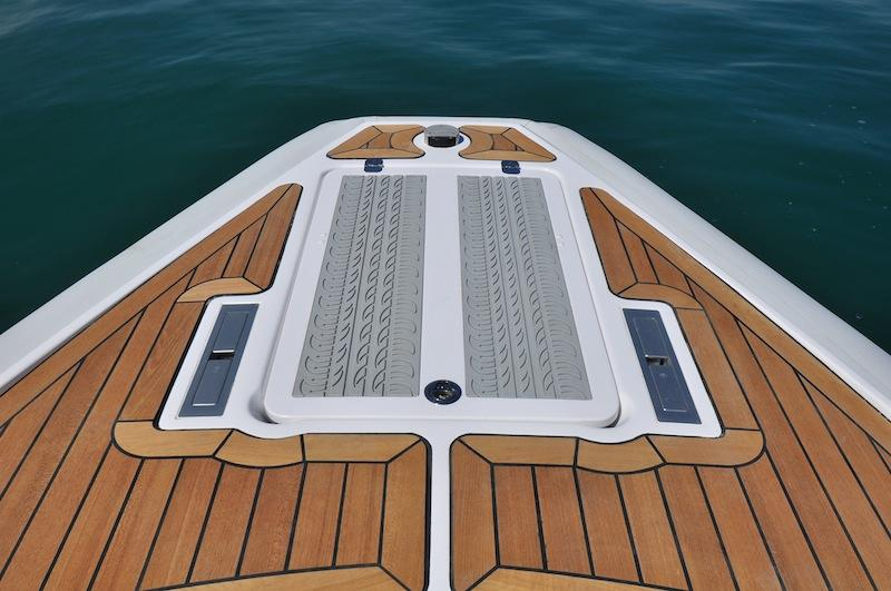 Bow - Anchor windlass locker