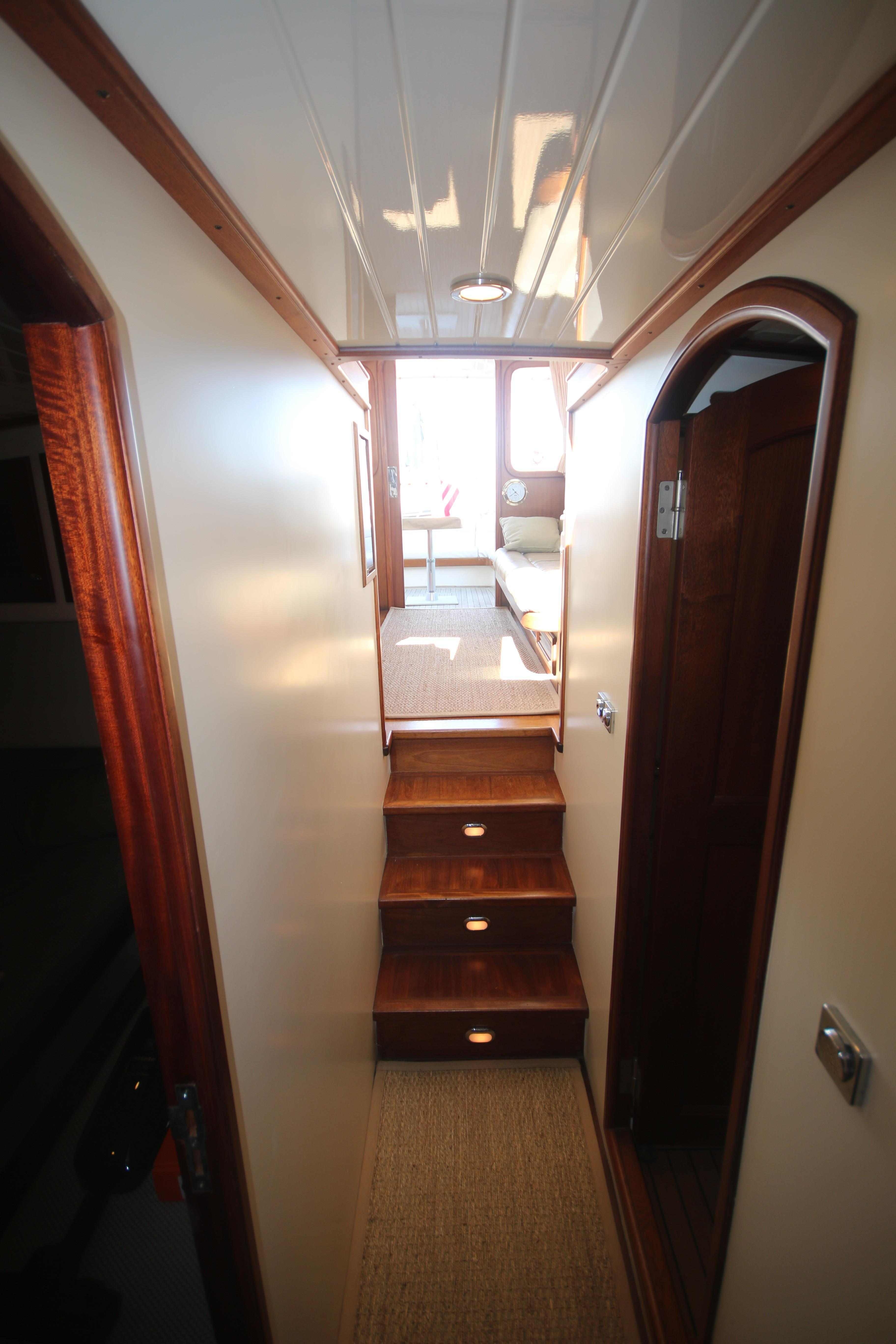 looking aft in hallway