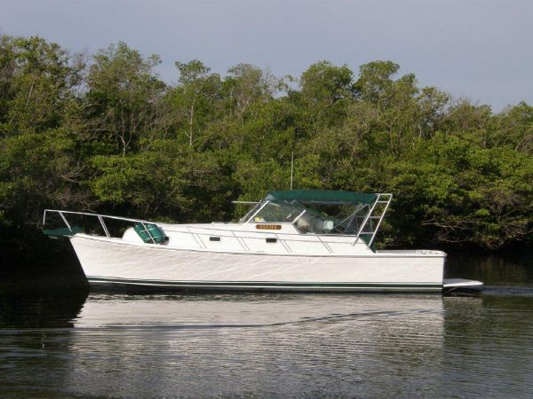 2000 Mainship Pilot 34. Location: Cape Coral US. $97500.00