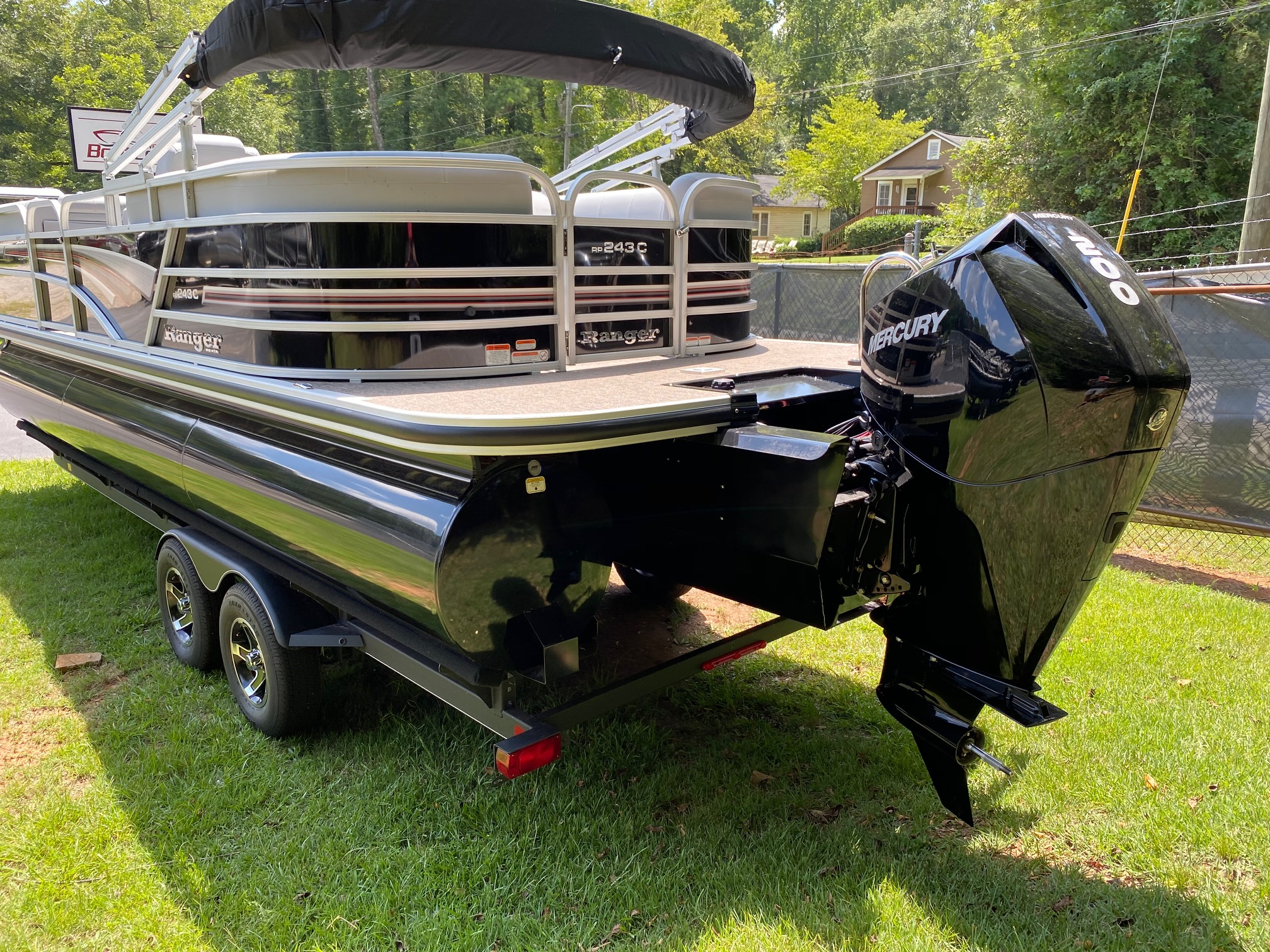 2020 Ranger Boats boat for sale, model of the boat is REATA 243C w/200L 4S DTS & Image # 15 of 50