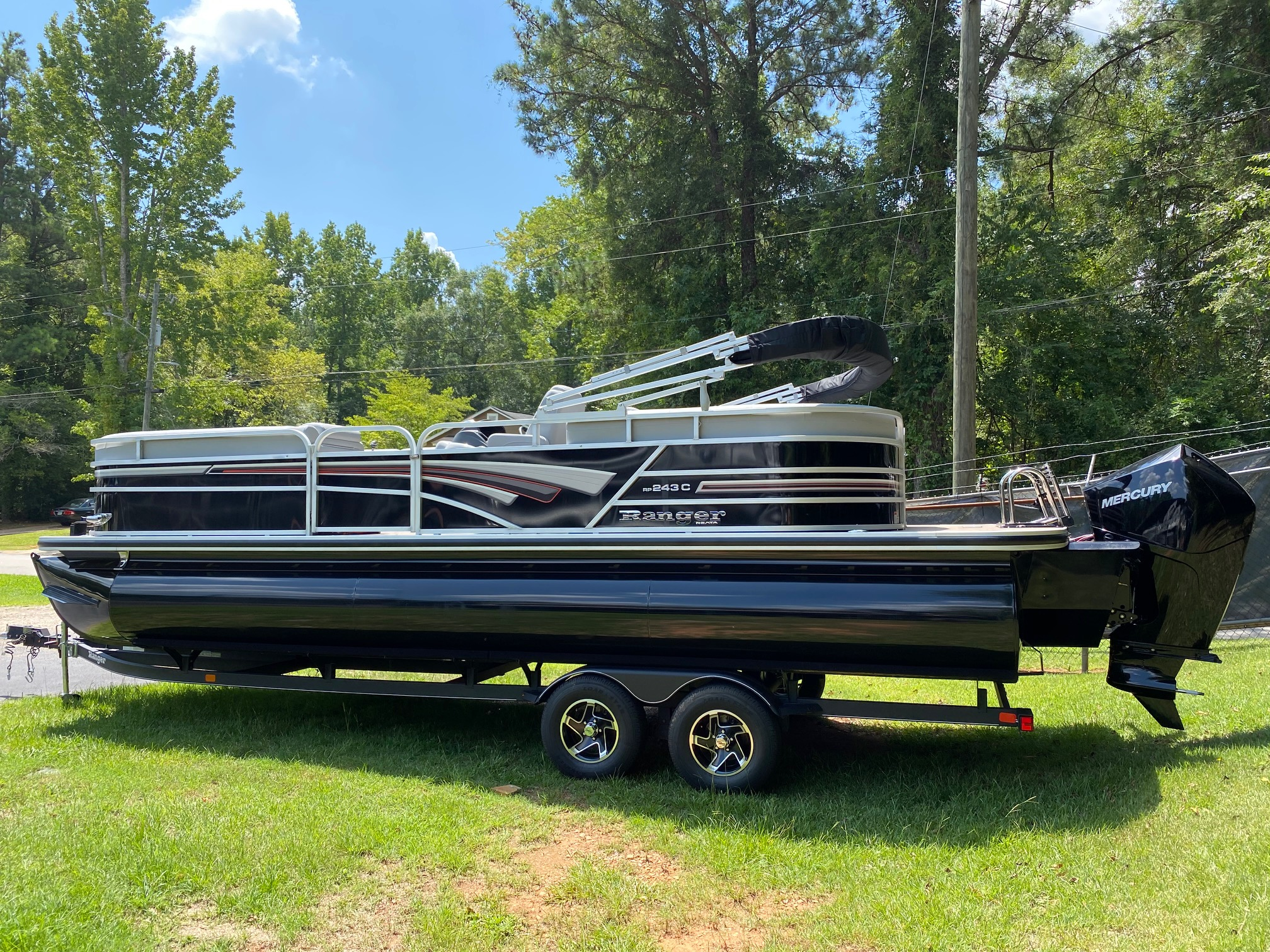 2020 Ranger Boats boat for sale, model of the boat is REATA 243C w/200L 4S DTS & Image # 1 of 50