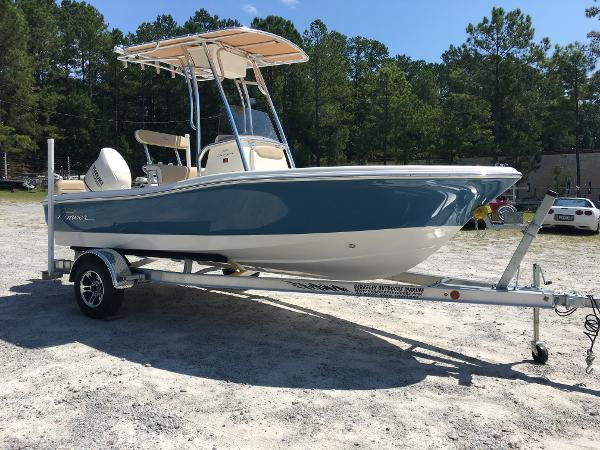 2020 Pioneer boat for sale, model of the boat is 180 Sportfish & Image # 1 of 62
