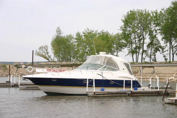40' Cruisers Yachts 370 Express