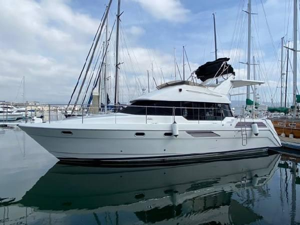 Picture Of:  43' Bayliner 4387 Motor Yacht 1991Yacht For Sale | 1 of 14