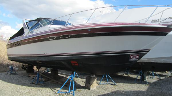 34' Wellcraft Grand Sport 3400