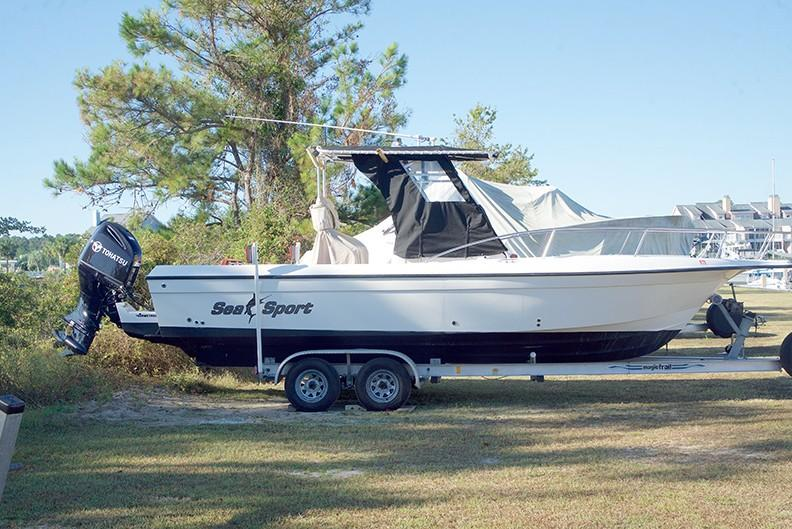 Sea Sport 2540 Center Console - Photo: #1