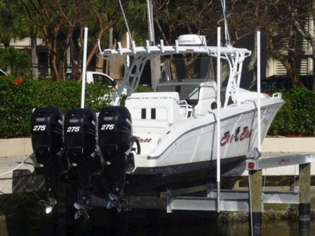 2007 Midnight Express 39 Center Console