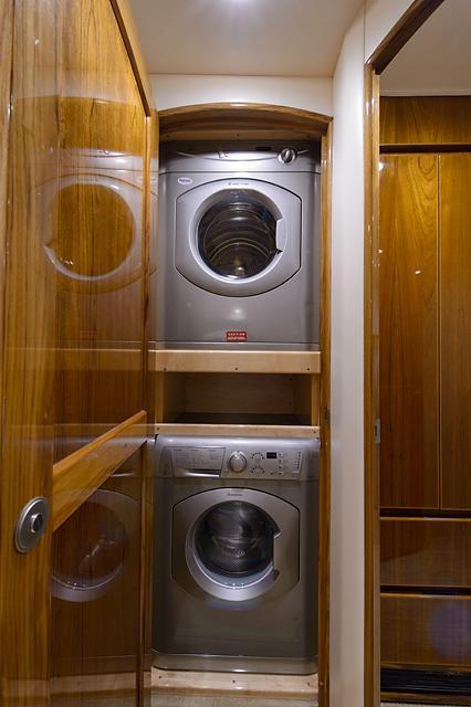 Companionway Washer/Dryer