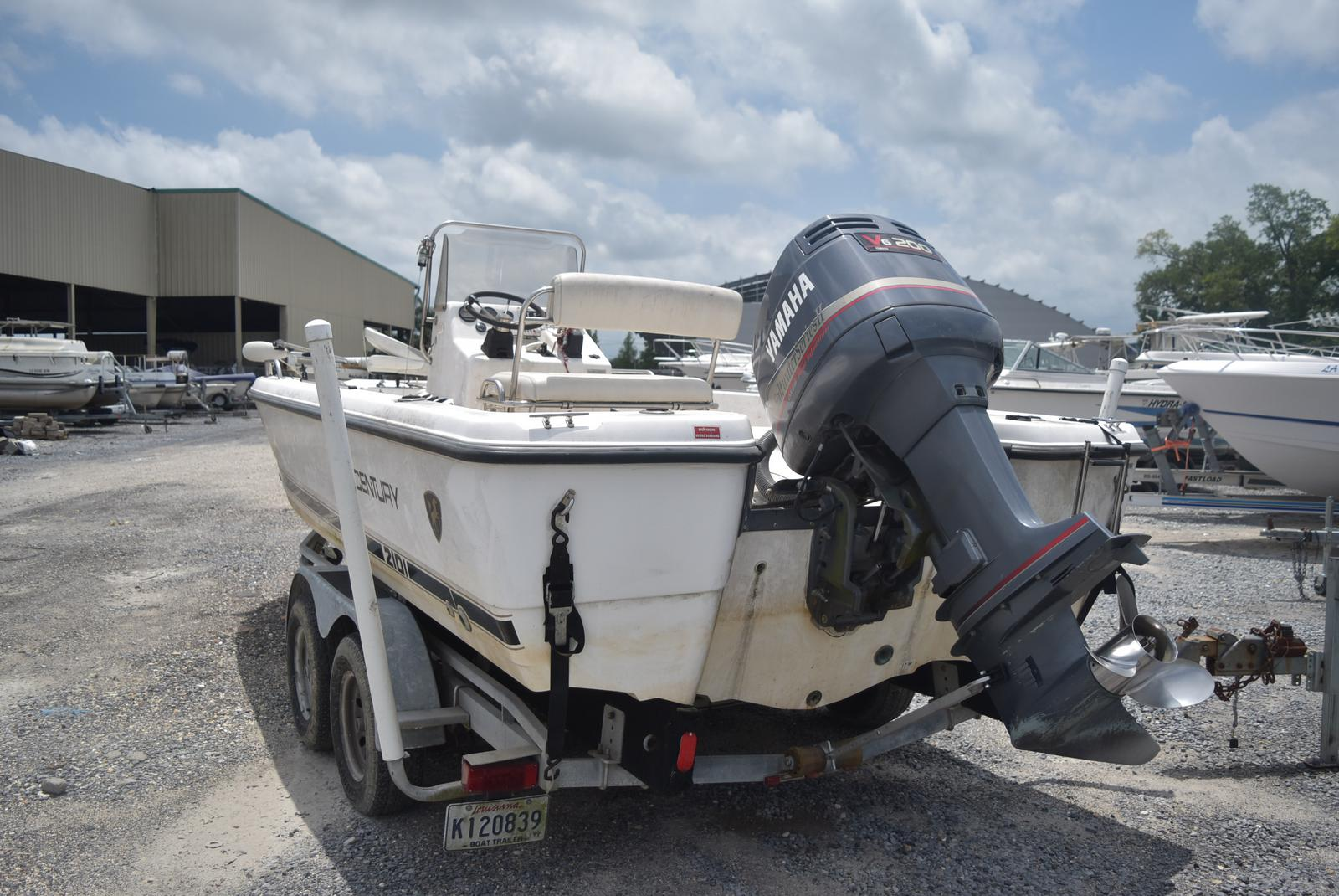 2000 Century boat for sale, model of the boat is 2101 Bay & Image # 3 of 4