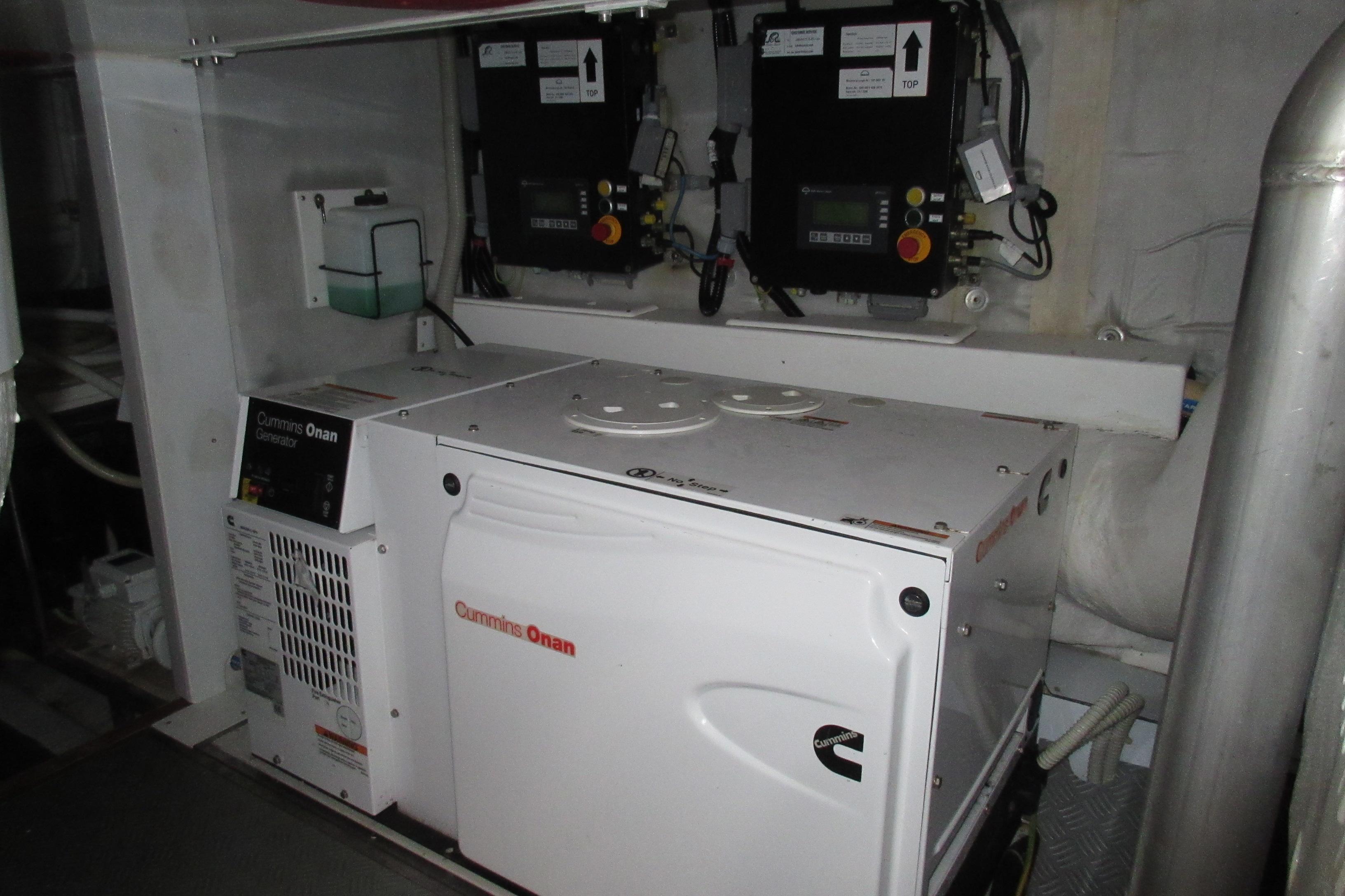 Austin Parker 54 Ketel Two Generator