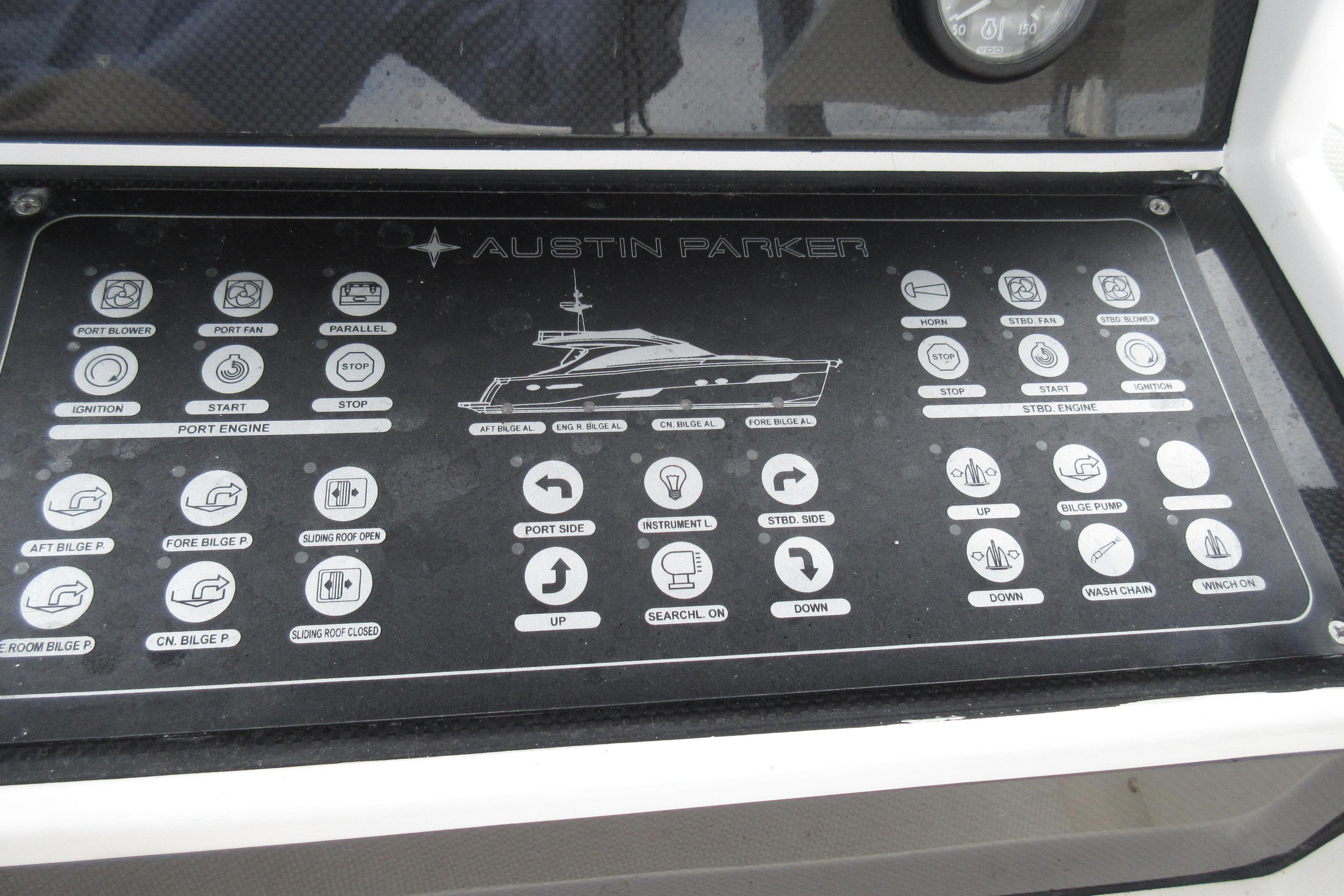 Austin Parker 54 Ketel Two controls
