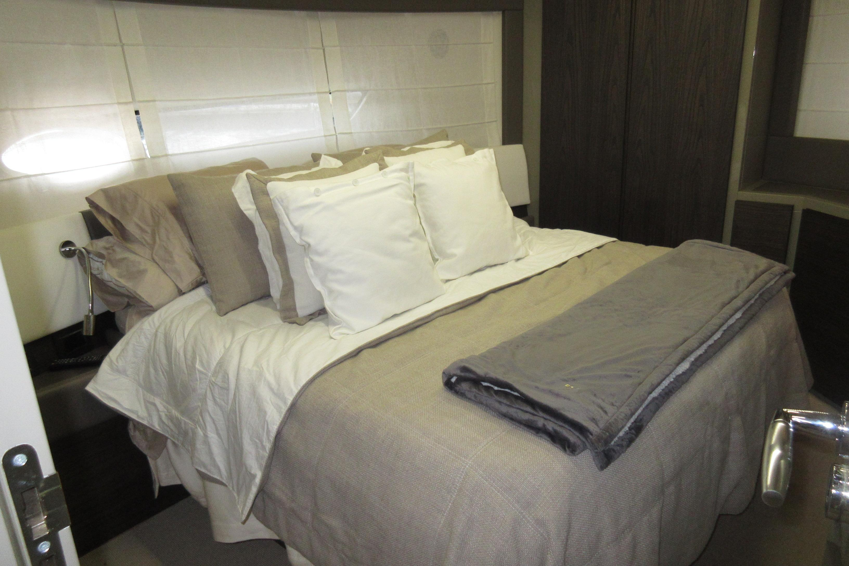 Austin Parker 54 Ketel Two Owners Stateroom