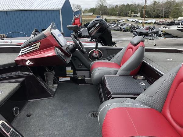 2017 Ranger Boats boat for sale, model of the boat is Z520C & Image # 20 of 25