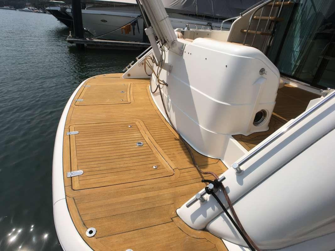 Fairline 58 Swimming platform