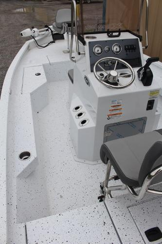 2021 Xpress boat for sale, model of the boat is H20B & Image # 6 of 10