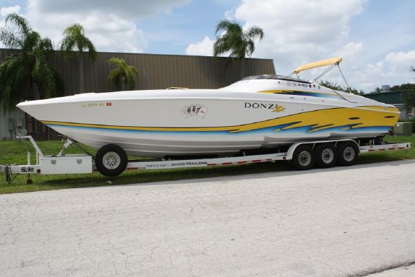 Donzi 38 ZX High Performance Boats. Listing Number: M-3706715