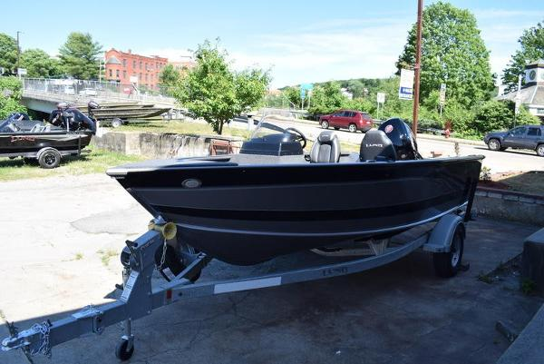 2020 Lund boat for sale, model of the boat is 1775 Impact SS & Image # 2 of 36