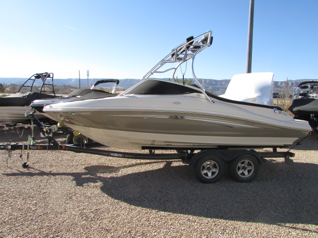 2008 Sea Ray boat for sale, model of the boat is 210 Select & Image # 1 of 20