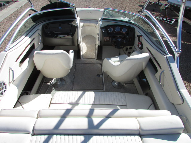 2008 Sea Ray boat for sale, model of the boat is 210 Select & Image # 18 of 20