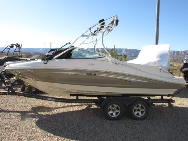 2008 Sea Ray boat for sale, model of the boat is 210 Select & Image # 7 of 20