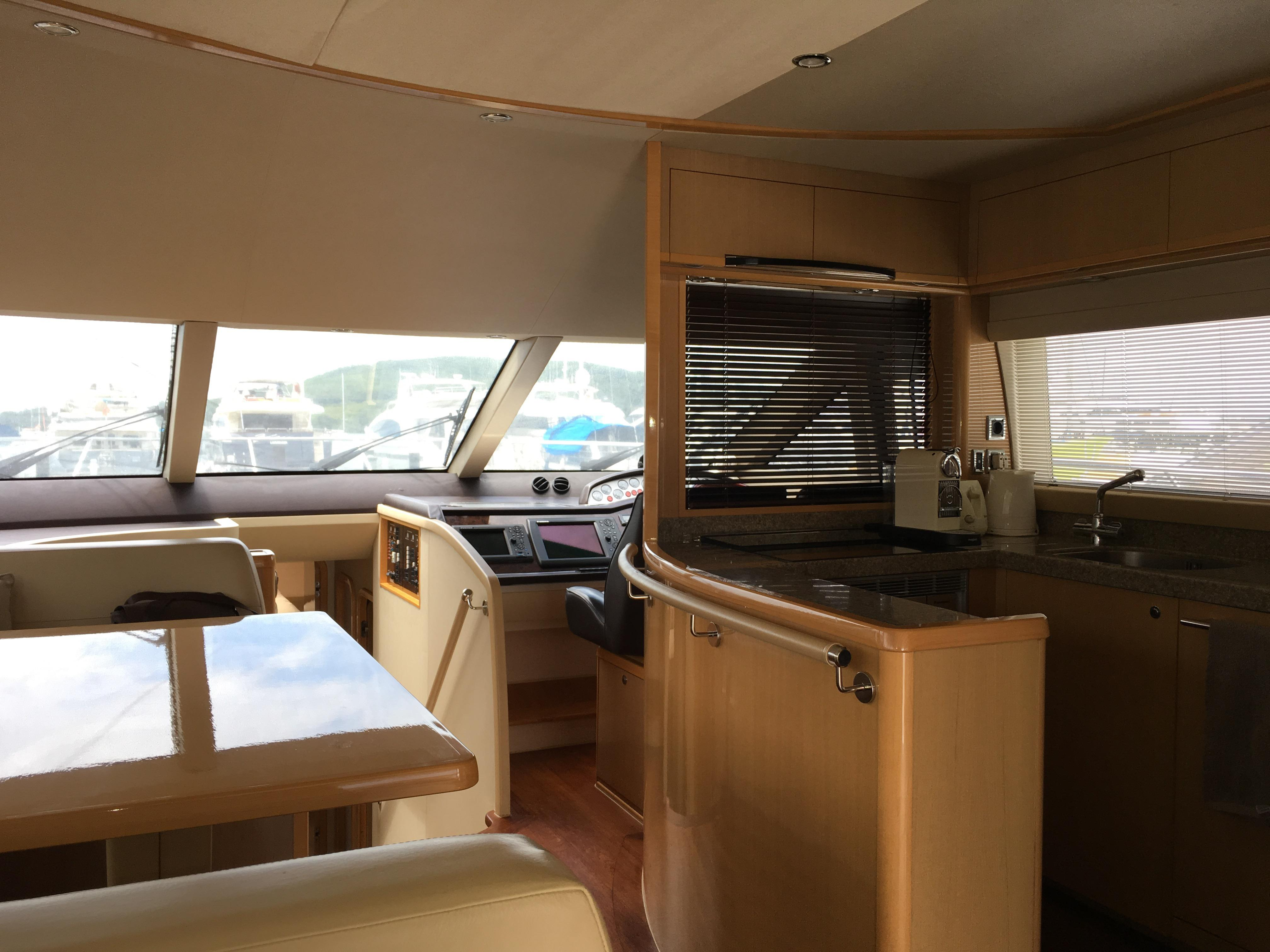 Galley & Dining
