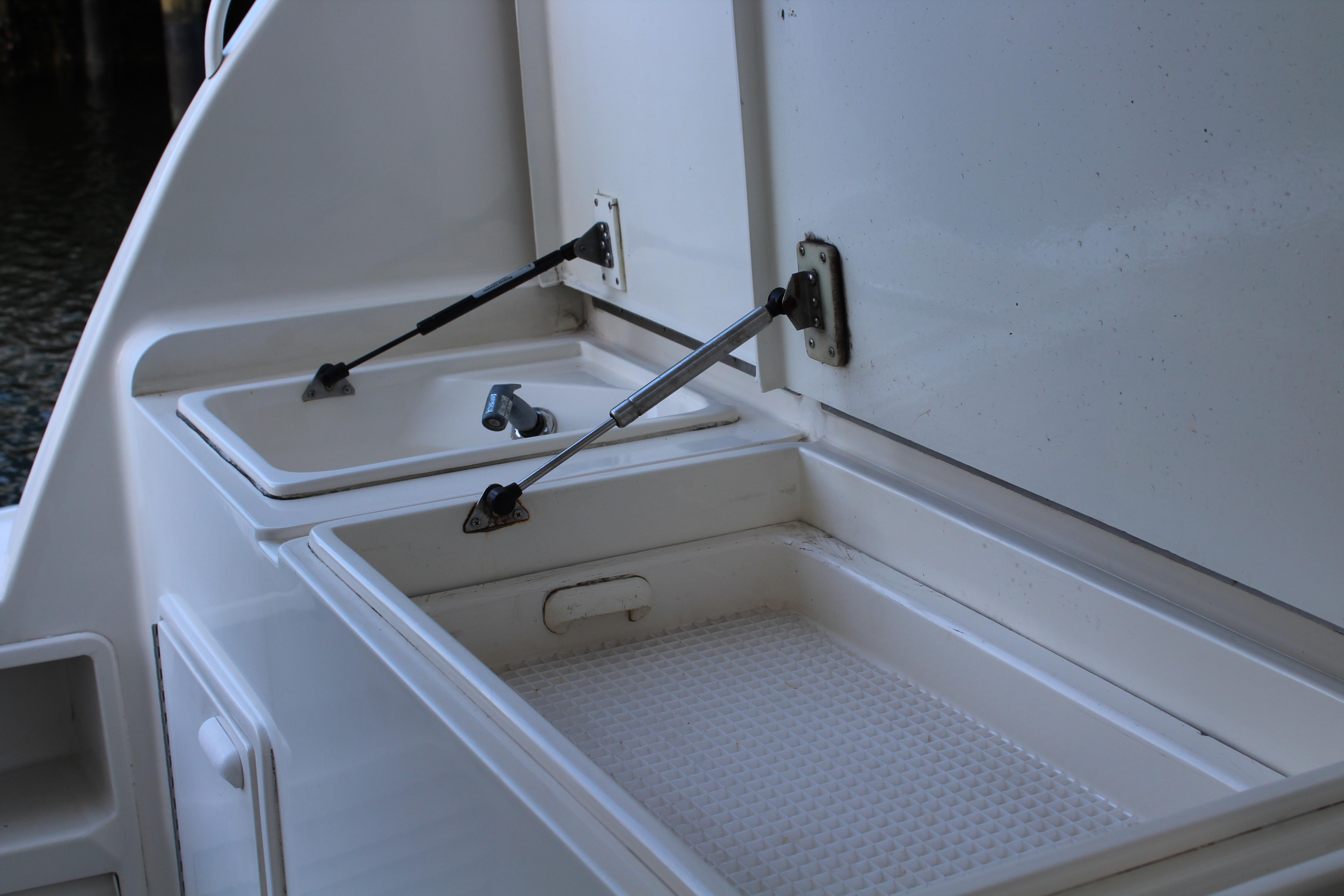 Freezer Sink  Cockpit