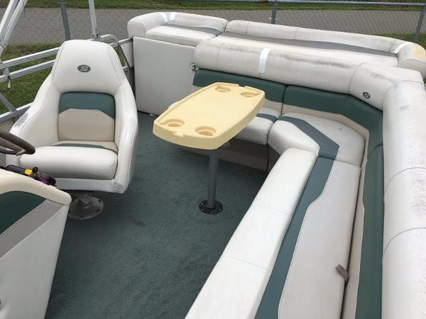 2004 Smoker Craft boat for sale, model of the boat is 824C & Image # 3 of 14
