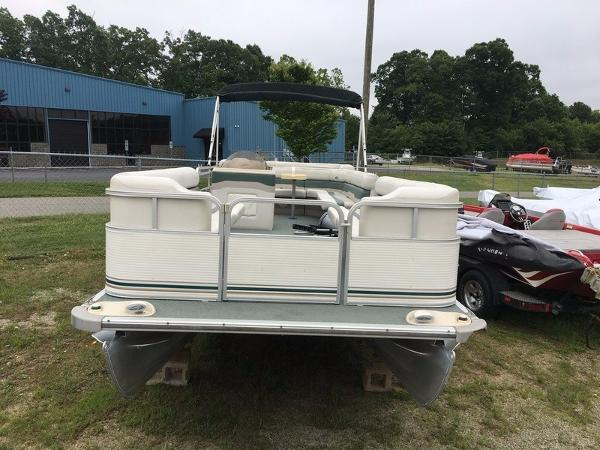 2004 Smoker Craft boat for sale, model of the boat is 824C & Image # 6 of 14