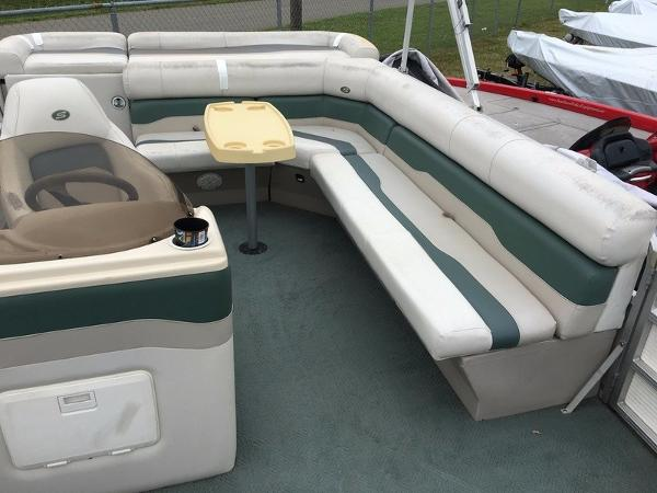 2004 Smoker Craft boat for sale, model of the boat is 824C & Image # 9 of 14
