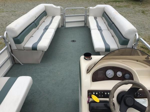 2004 Smoker Craft boat for sale, model of the boat is 824C & Image # 10 of 14