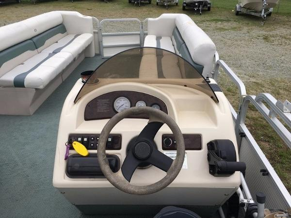 2004 Smoker Craft boat for sale, model of the boat is 824C & Image # 12 of 14