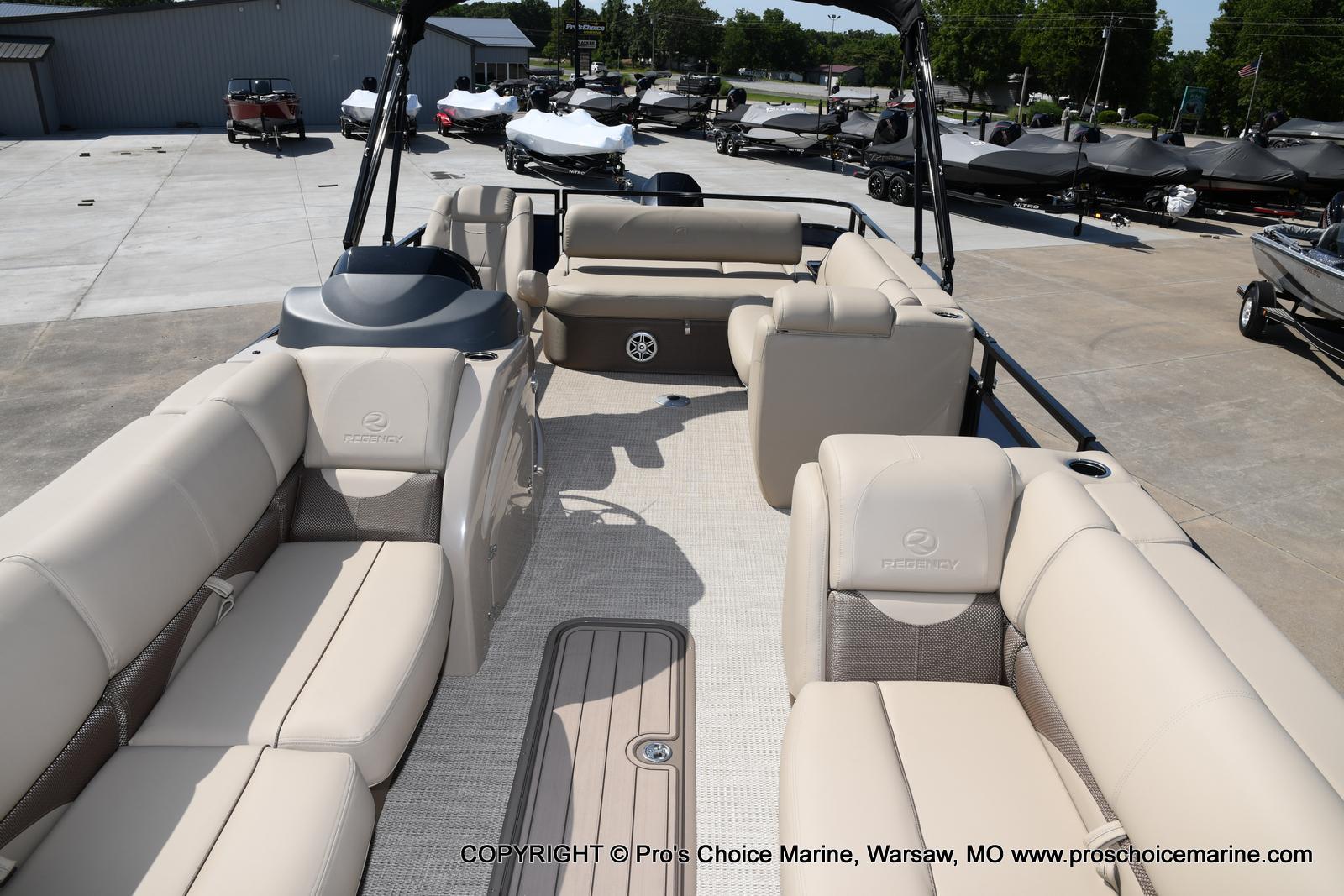 2021 Regency boat for sale, model of the boat is 250 DL3 & Image # 50 of 50