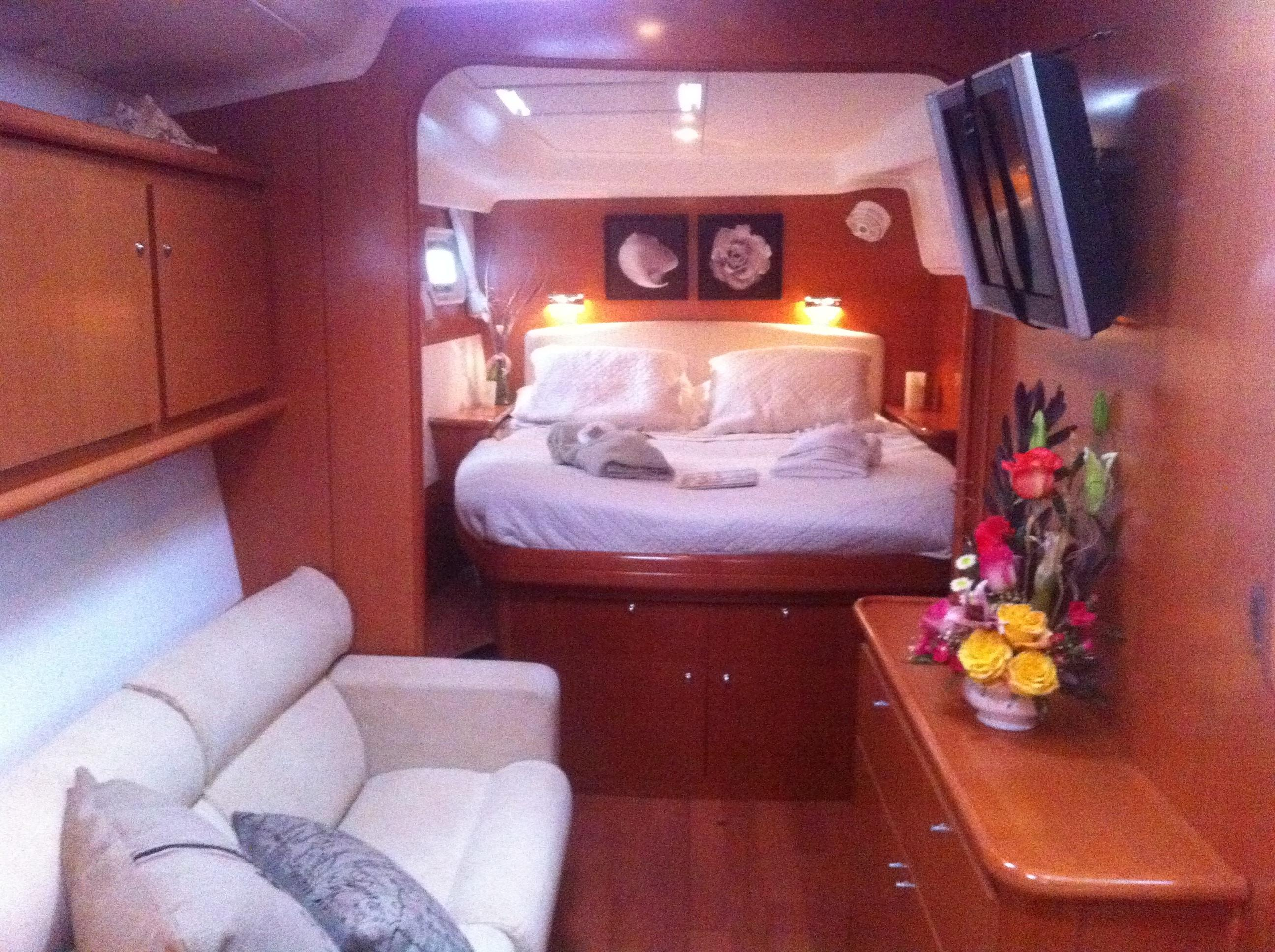 Master Stateroom Fwd looking Aft