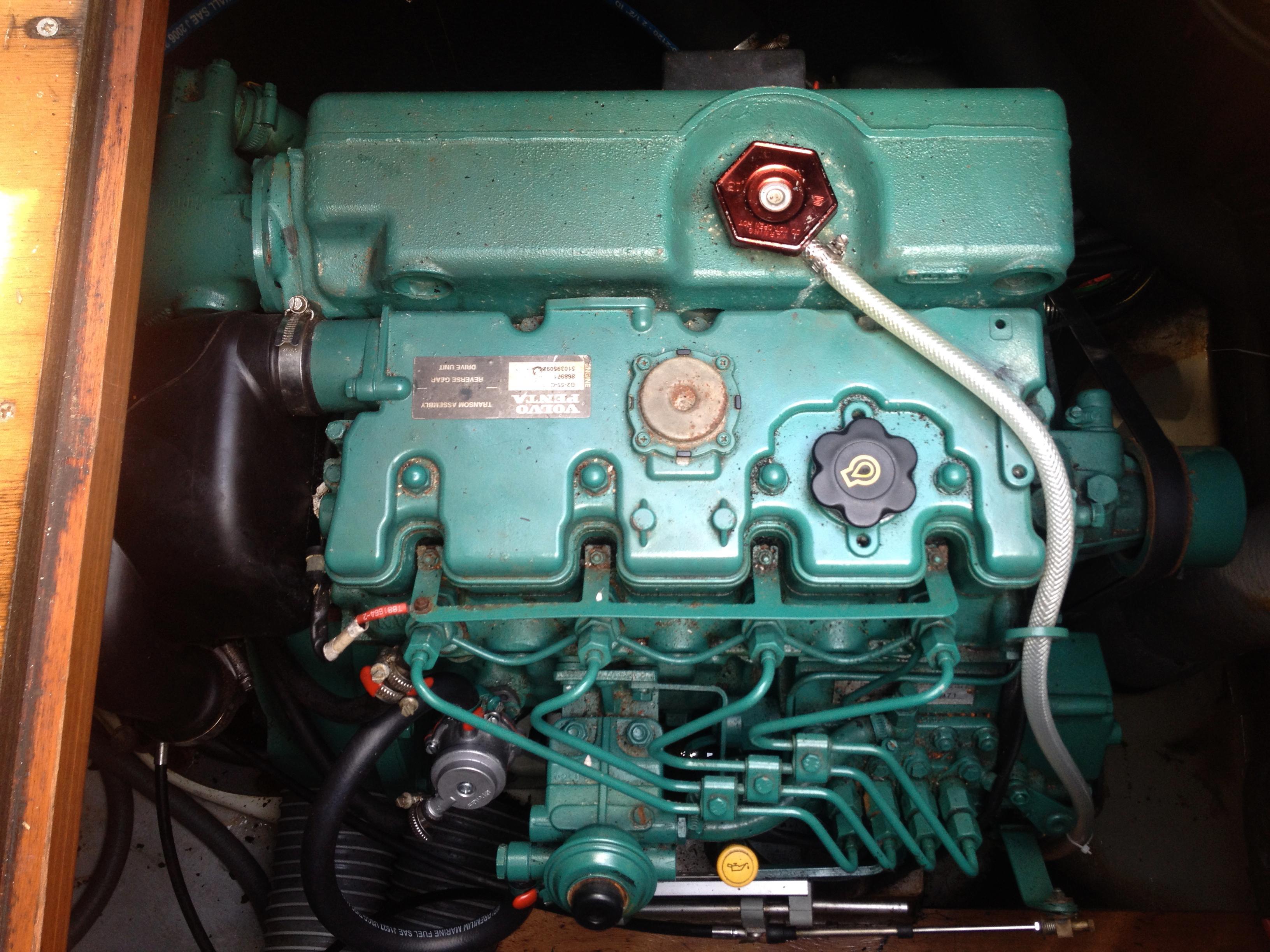 Volvo Penta D255C (port)
