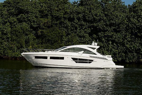 2016 60' Cruisers Yachts 60' Cantius