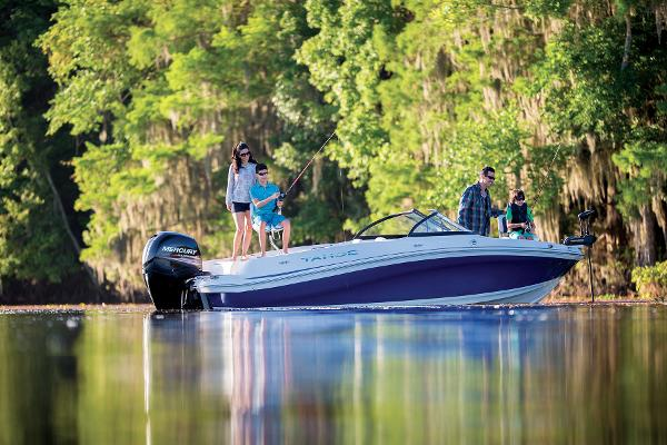 2016 Tahoe boat for sale, model of the boat is 550 TF & Image # 4 of 62